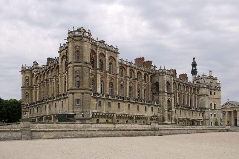 10 g 1200px-Château_de_Saint-Germain-en-Laye